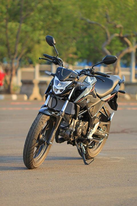 Honda-new-CB150R-sonic-150R-2