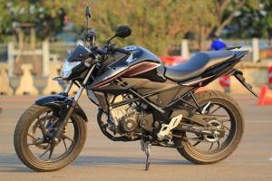 Honda-new-CB150R-sonic-150R-3