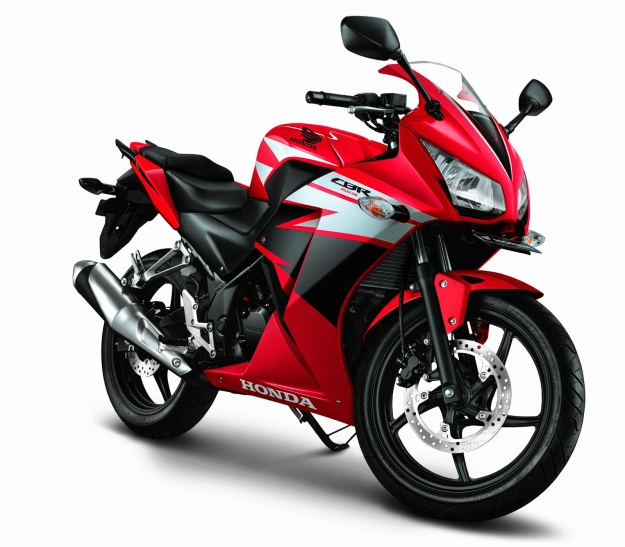All-new-Honda-CBR150R-Champion-Red