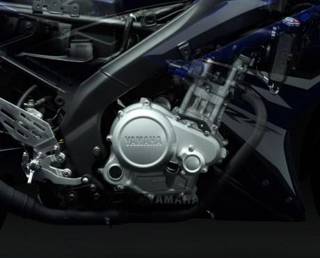engine-r15