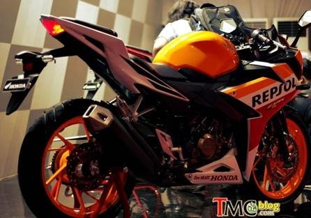 cbr150r-repsol-010