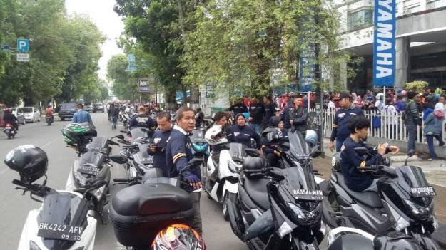 Peserta #MAXIYAMAHADAY saat persiapan dan touring di Medan (2)