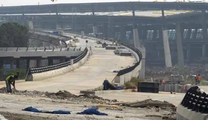 346190_proyek-infrastruktur-jalan-bandar-udara-soekarno-hatta_663_382