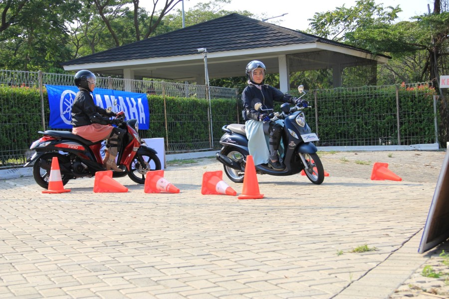 Komunitas Fino dan hijab test ride New Fino 125 Blue Core ban lebar dan tubeless (5)