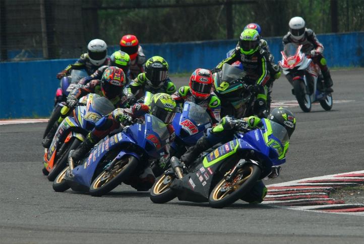 Dominasi Podium IRS 2018 Seri 3 Sport 150 cc, Pembalap Yamaha Kuasai Jauh Klasemen Sementara